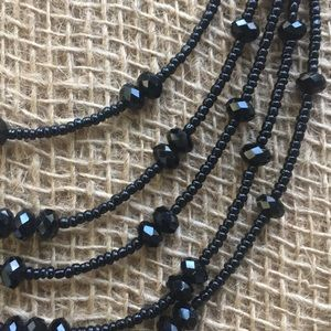 Beautiful statement beaded necklace 🖤